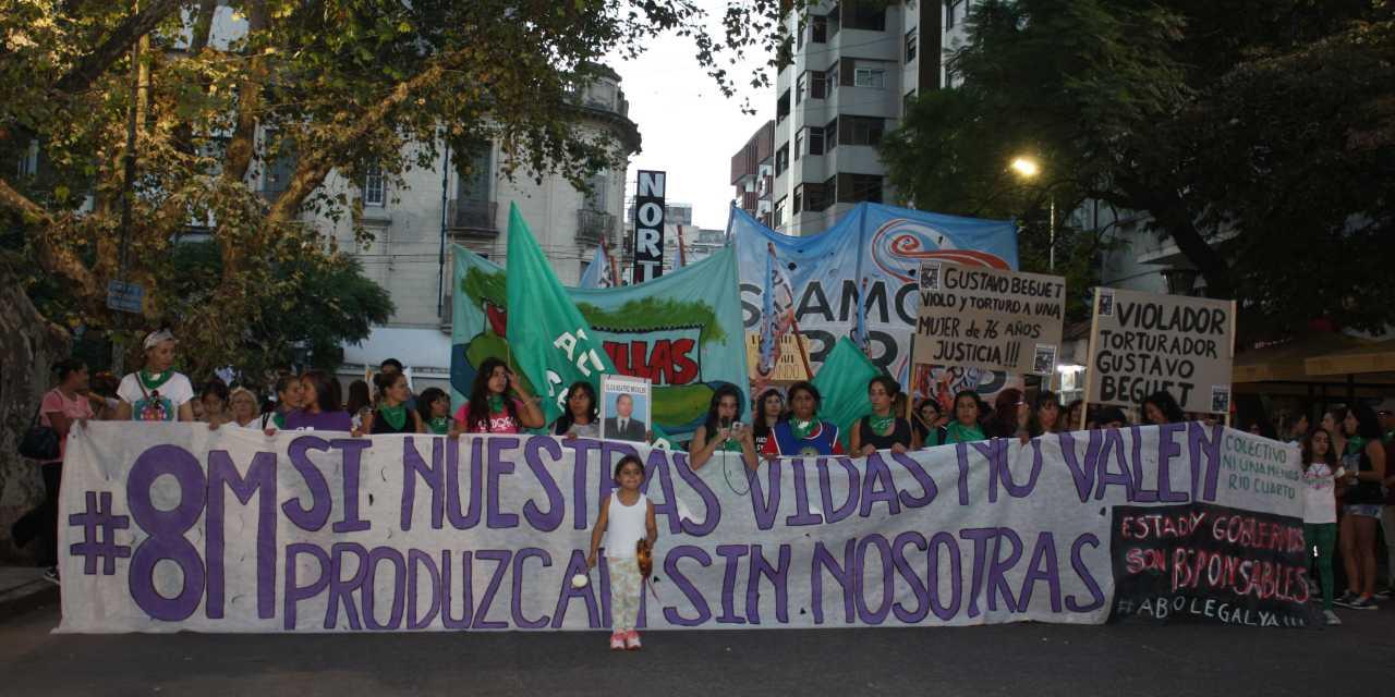 #8M: Multitudinaria marcha en Río Cuarto
