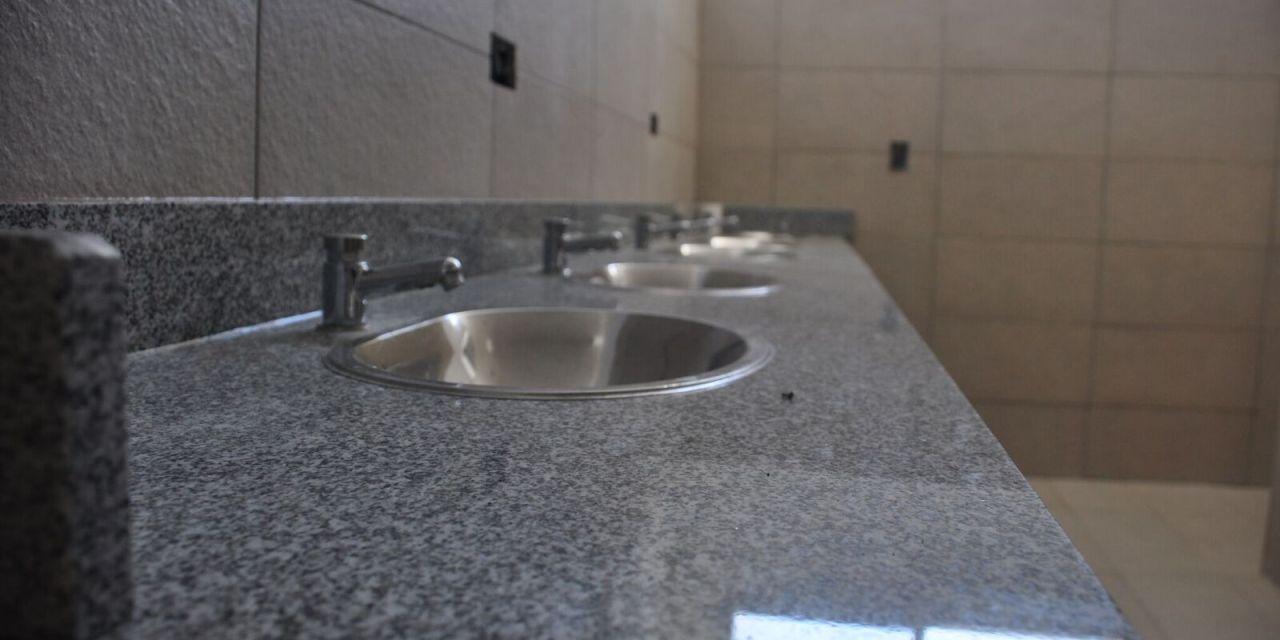 Una nueva batería de baños para la Vecinal Industrial