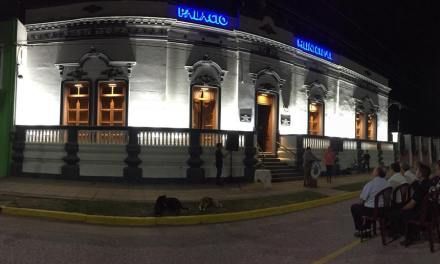 Se inauguró la puesta en valor del palacio municipal en Reducción