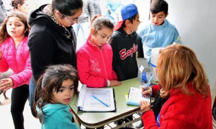 Vacunación antirrábica: la campaña se trasladó al barrio Rio Limay