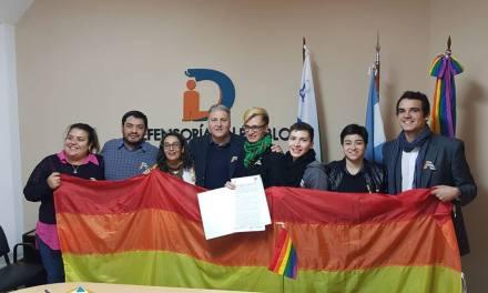 La Defensoría del Pueblo firmó un convenio con la Mesa de la Diversidad