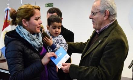 Vida Digna: 130 familias de Río Cuarto recibieron segundas cuotas