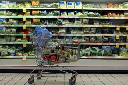 Bonus alimentari: «dov'è finito il municipio?», la denuncia del Cccp