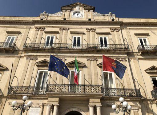 Taranto, il sindaco Melucci revoca l'assessore all'Ambiente