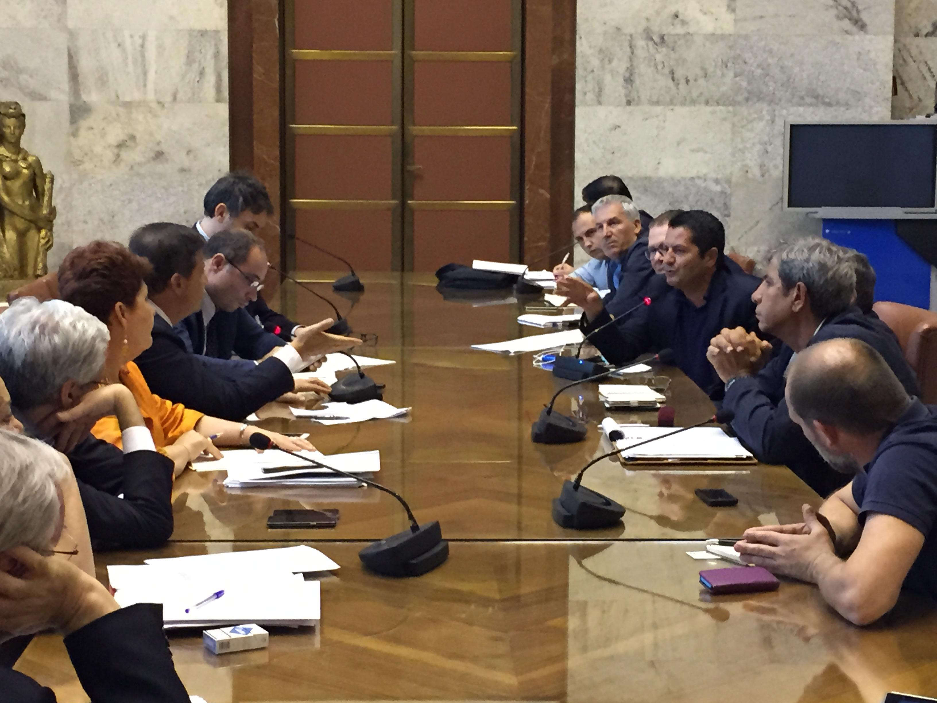 Ilva, dopo l'altolà di Calenda replica Mittal: E' sfida a lungo Termine
