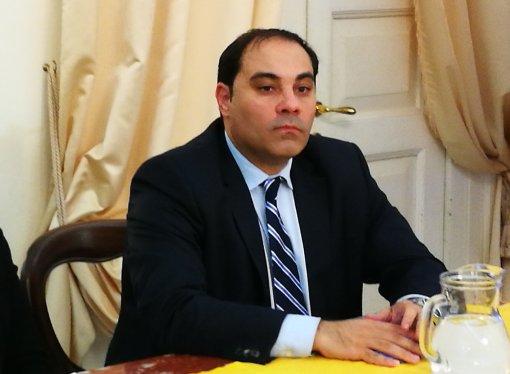 Melucci: Pensiamo già al dopo ArcelorMittal, per il bene di Taranto e dell'Italia