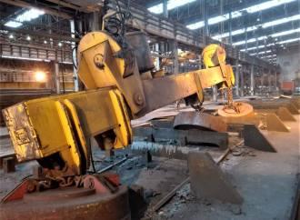 ArcelorMittal: cade un carroponte, paura al PLA2