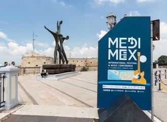 Editors e Cigarettes after sex, da domani il grande rock a Taranto con Medimex