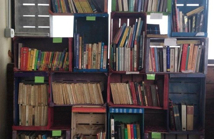 Taranto, libri in cambio di plastica e alluminio. Ecco l'Ecolibreria