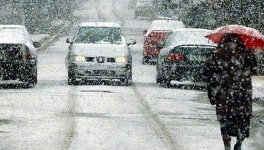 Ο χιονιάς σαρώνει την Ελλάδα: Πού χρειάζονται αντιολισθητικές αλυσίδες