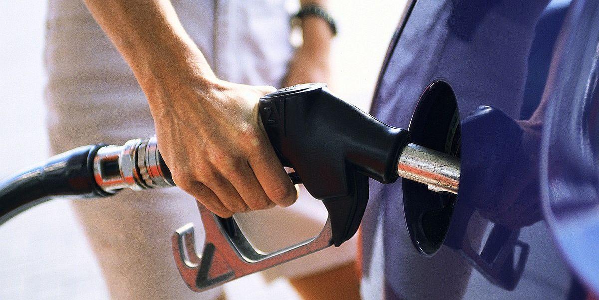 Εξαρθρώθηκε κύλωμα που νόθευε καύσιμα
