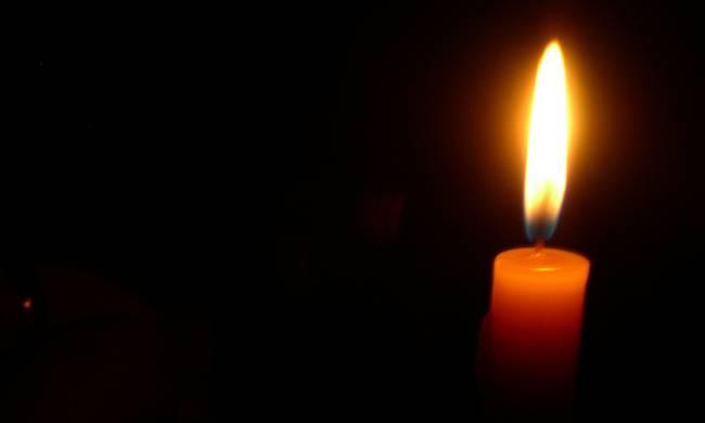 Βαρύ πένθος για γνωστό ηθοποιό - Πέθανε ο μόλις 2,5 ετών γιος του - Το σπαρακτικό του μήνυμα στο Facebook