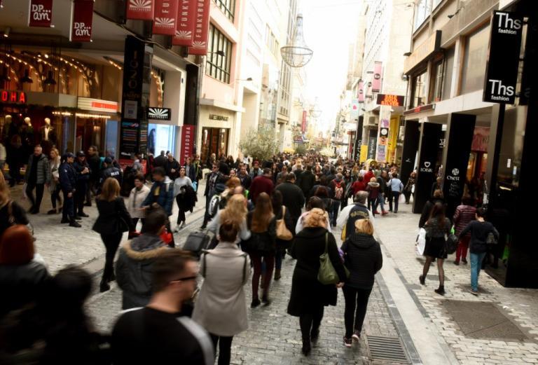 Εορταστικό ωράριο: Πότε αρχίζει - Ποιες Κυριακές θα είναι ανοιχτά τα καταστήματα