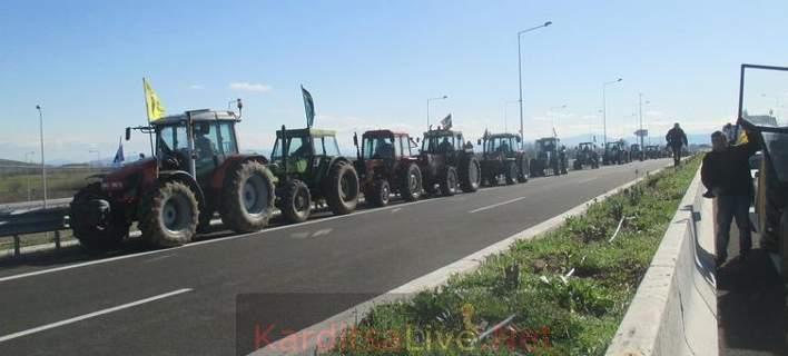 Οι αγρότες βγήκαν στους δρόμους -Πού κάνουν το πρώτο μπλόκο, ποια θα ακολουθήσουν