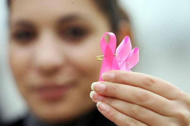 Καρκίνος του μαστού: 9 προειδοποιητικά σημάδια
