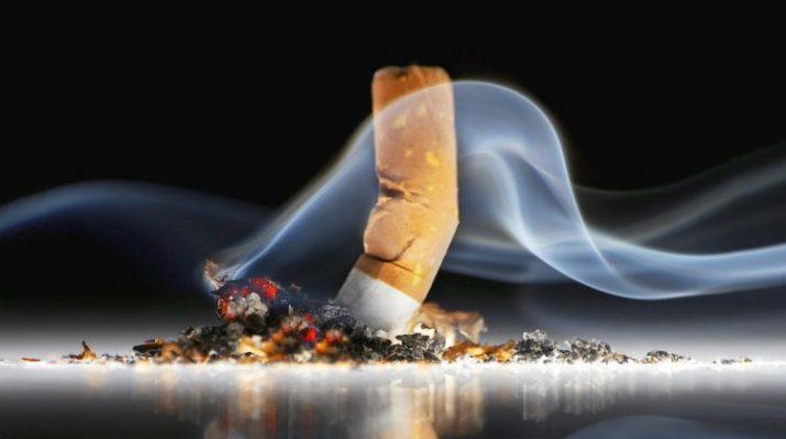 Πρόστιμα σε δυο υπαλλήλους του Δήμου Τρικκαίων, που κάπνιζαν εν ώρα υπηρεσίας!!!