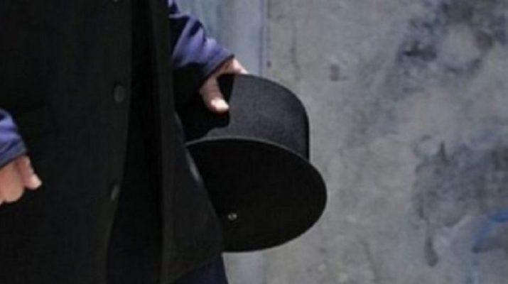 Σκάνδαλο με παπά που είχε παράνομο δεσμό - Τον έπιασε η παπαδιά
