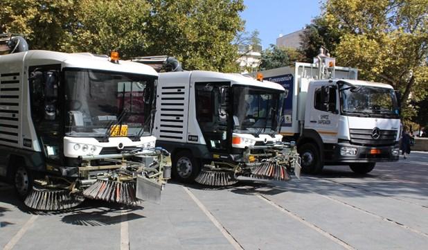 Δύο νέα σάρωθρα και ένα απορριμματοφόρο στο στόλο του Δήμου Λαρισαίων