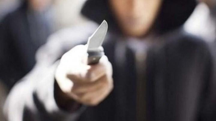 ΣΟΚ: Μαθητής επιτέθηκε σε καθηγήτρια και την απείλησε με μαχαίρι