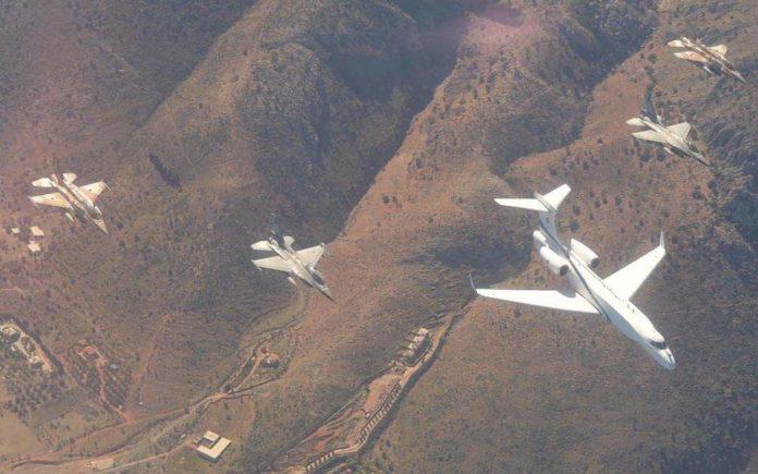 Λάρισα: Εντυπωσιακές εικόνες από τη συνεκπαίδευση αεροπορικών δυνάμεων Ελλάδας – Ισραήλ