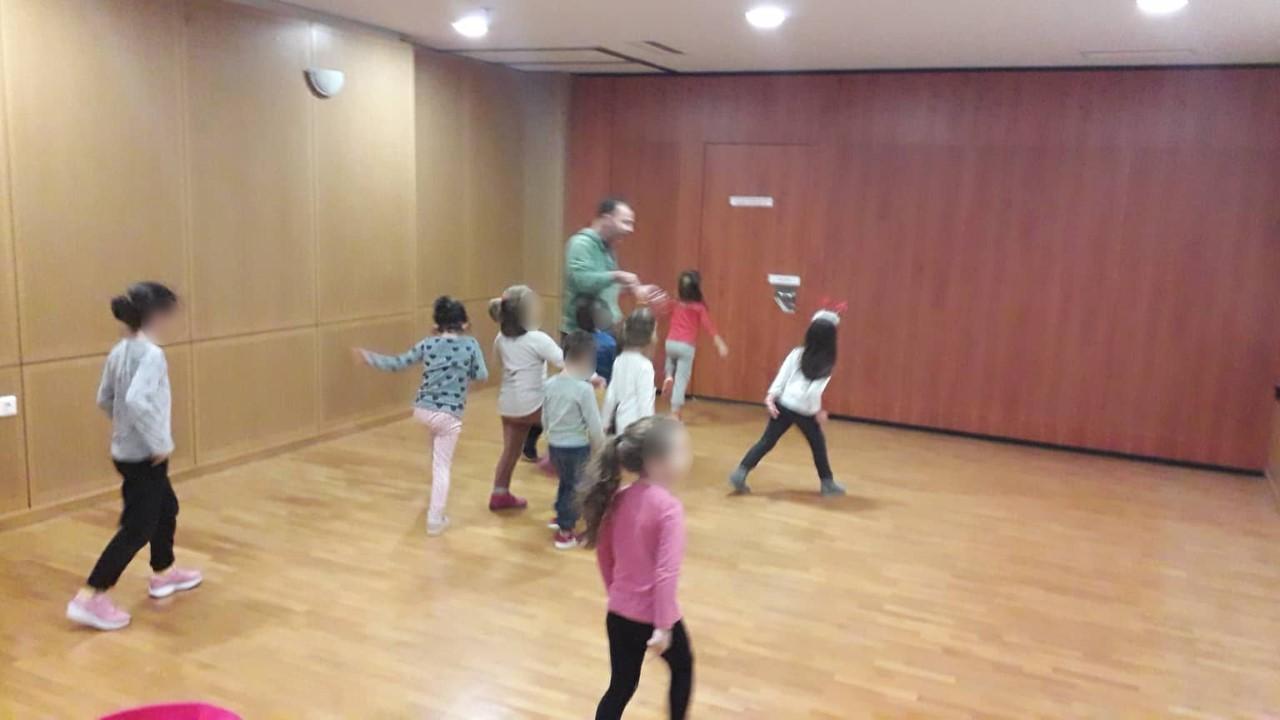 Λάρισα: «Τμήμα διδασκαλίας παραδοσιακών χορών για παιδιά 4-6 ετών»