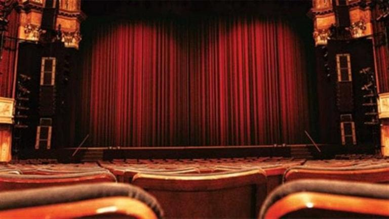 Στο νοσοκομείο γνωστή Ελληνίδα ηθοποιός - Το σοβαρό ατύχημα στη σκηνή