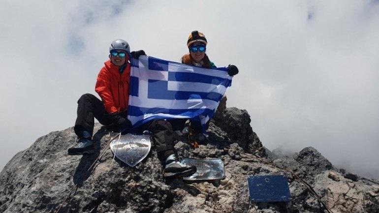 Έβερεστ: Δύο Ελληνίδες θα επιχειρήσουν να ανέβουν στη «Στέγη του Κόσμου»