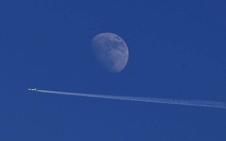 Η NASA θέλει αστροναύτες να πάνε στη Σελήνη και να μείνουν