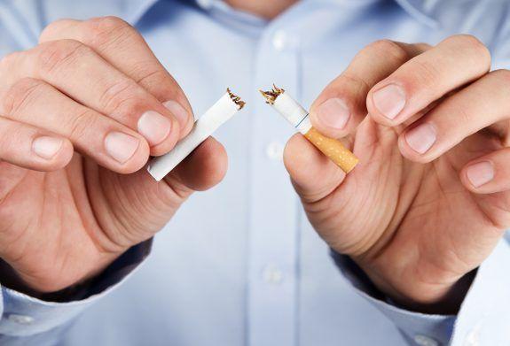 Σε αυτούς τους χώρους μπαίνει τέλος στο κάπνισμα. Τα πρόστιμα και οι νέες οδηγίες