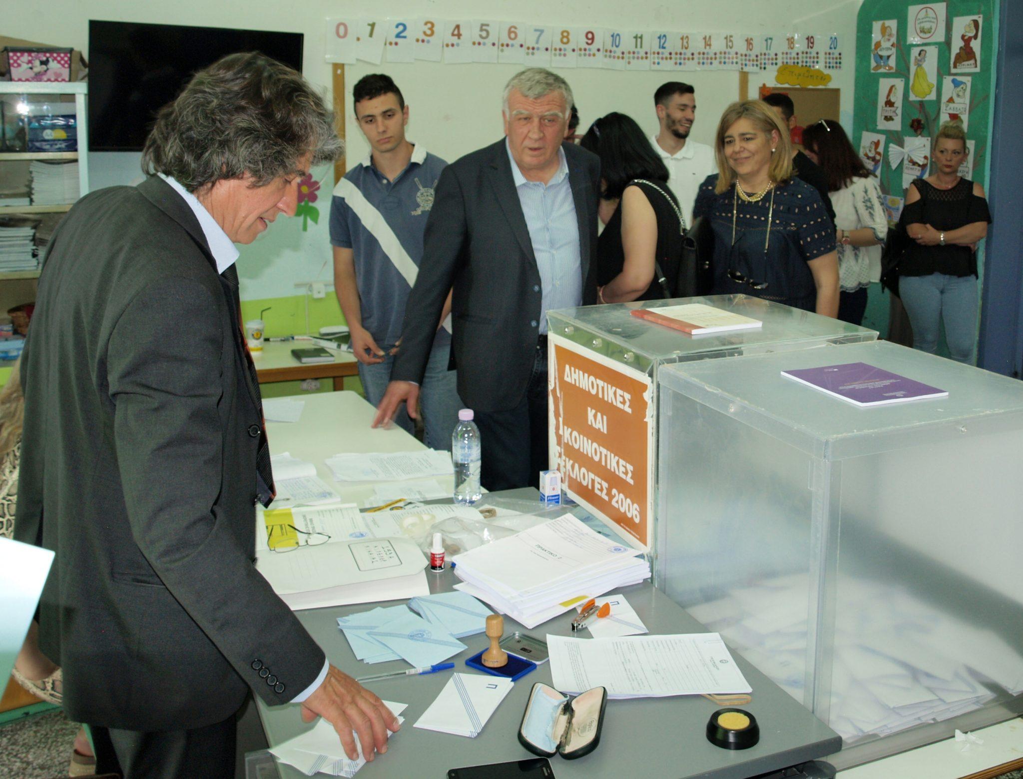 Εκλογικά κέντρα του Δήμου Κιλελέρ επισκέφθηκε ο Θανάσης Νασιακόπουλος