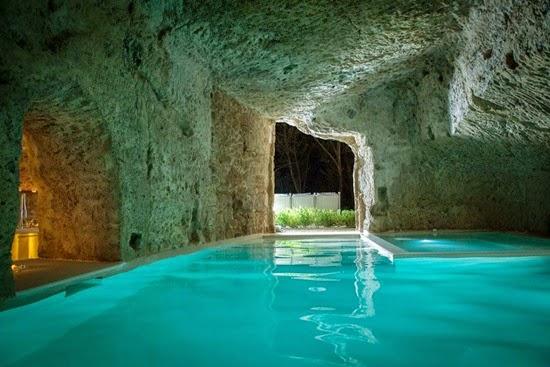 Εντιπωσιακές υπόγειες κατοικίες