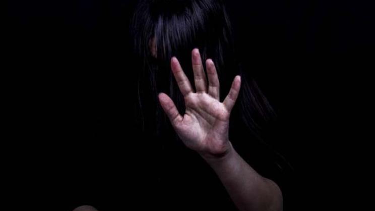 12χρονη έβγαλε νοκ άουτ τον επίδοξο βιαστή με μπουνιές