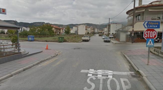 Κινδύνους για ατυχήματα ελοχεύει η διασταύρωση της 1ης Μεραρχίας στην Ελασσόνα