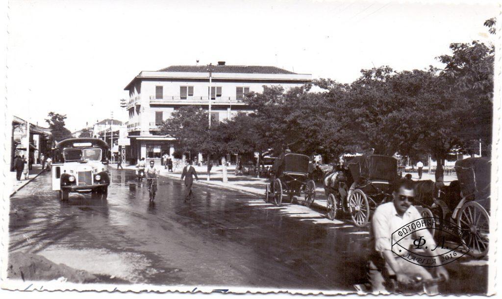 «ΝΟΣΤΑΛΓΩΝΤΑΣ ΤΗΝ ΠΑΛΙΑ ΛΑΡΙΣΑ – Η οδός Κύπρου, από την περιοχή Σιάουλο & τη Δημοτική Αγορά, έως την παλιά Εβραϊκή συνοικία»