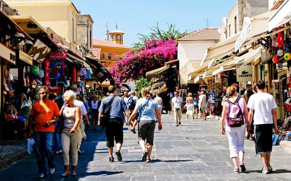 Καλύπτονται 100% οι εργοδοτικές εισφορές στον τουριστικό κλάδο