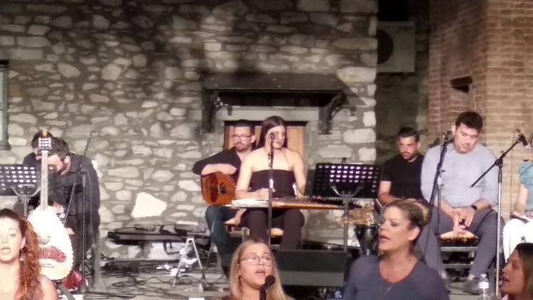 Λάρισα: Ράγισαν καρδιές στη συναυλία για τον αδικοχαμένο Μάριο (video)
