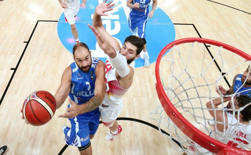 Σπανούλης: Ενθουσιασμός από Πιτίνο για την επιστροφή του στην Εθνική, αποθέωση από FIBA