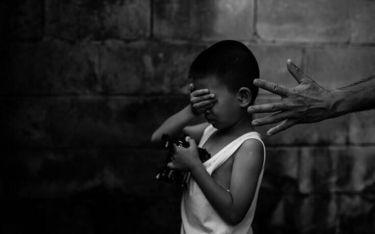Υπόθεση – φρίκη: Πατέρας ομολόγησε ότι βίασε και σκότωσε τον 10χρονο γιο του
