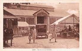La-Ronde-14589-marche-carte-postale