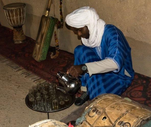 Thé à la menthe chez les Gnawas