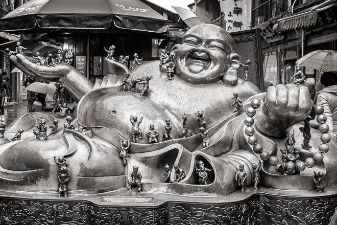 POTD: Buddha and the Lilliputians