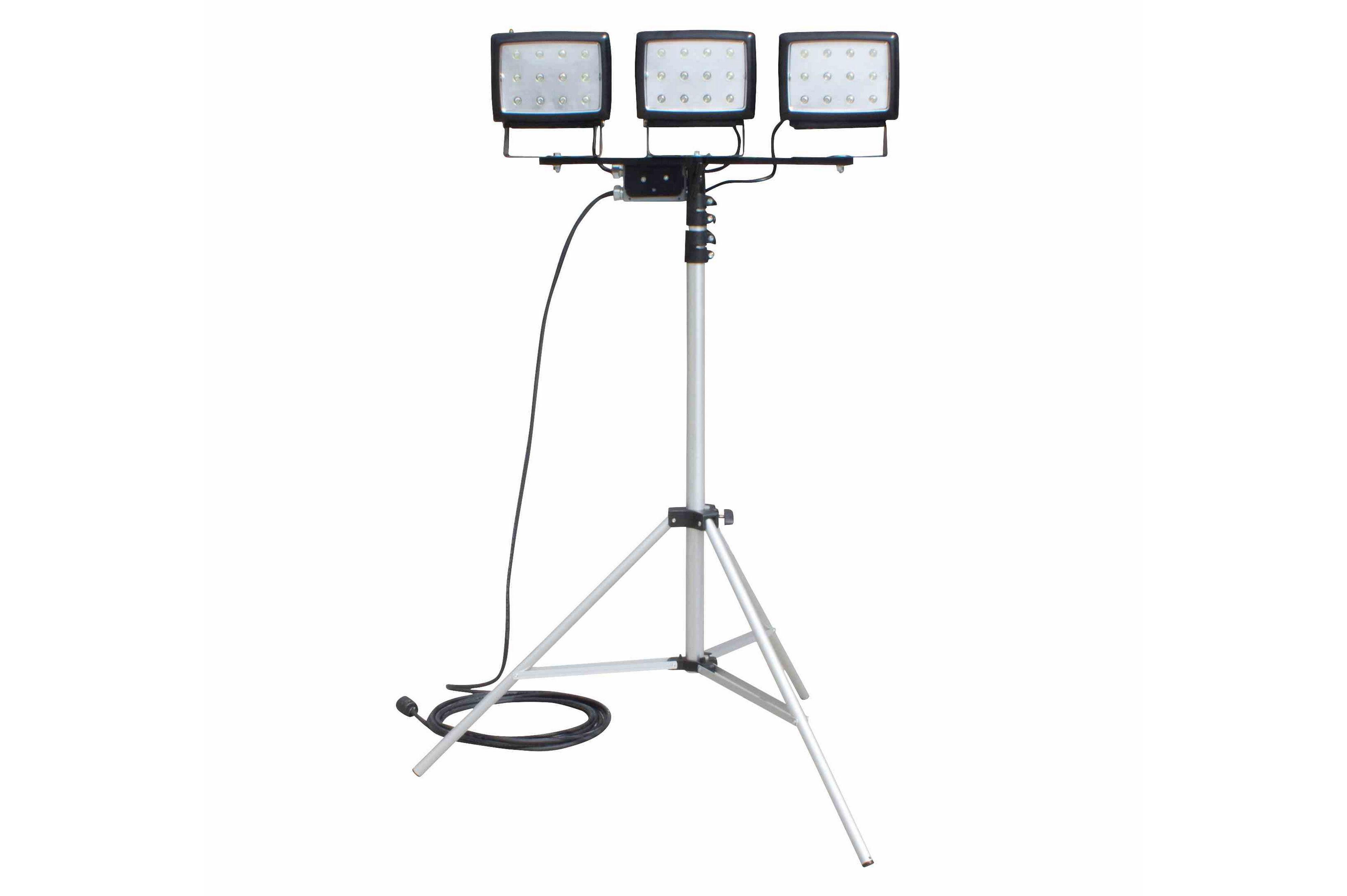 Triple Headed Portable Led Flood Light On Telescoping