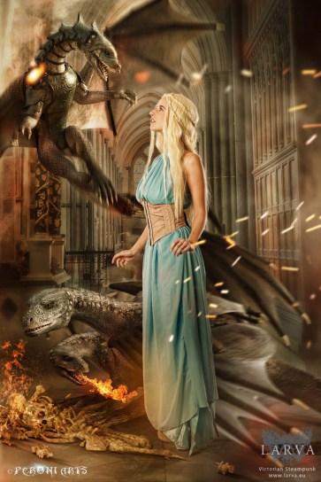 daenerys_01_gold