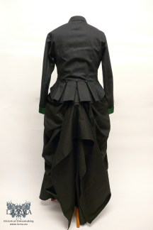 victorian-ensemble_back