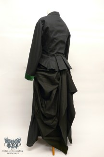 victorian-ensemble_side-back