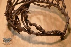 elven-crown_base-detail-front