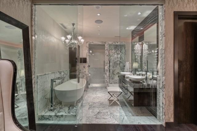 modern-bath-waldorf-astoria-las-vegas