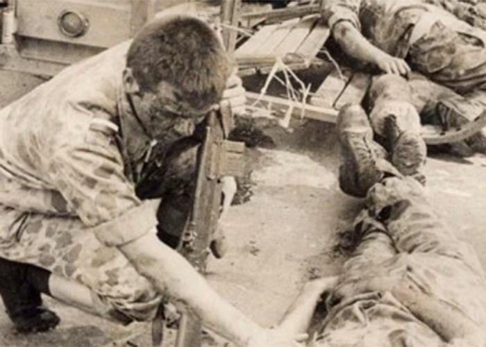 Cuando los bachilleres eran los muertos de la guerra en Colombia