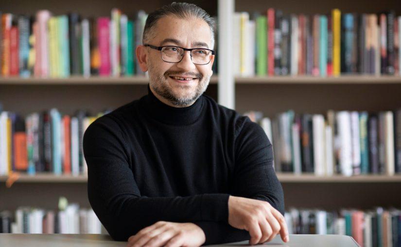 Bagir Kwiek är Sveriges nya läsambassadör