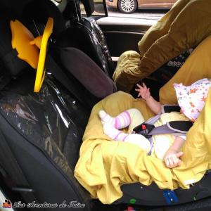 Protectores para los asientos del coche - Espejo para ver al bebé